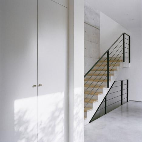 Ben Ami House by Shilo Benaroya