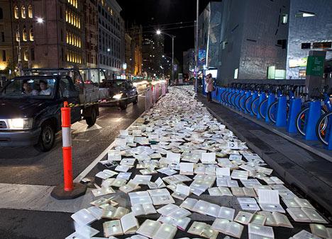 Literature Versus Traffic by Luzinterruptus