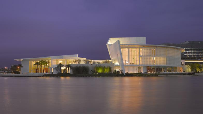 OCT Shenzhen Clubhouse by Richard Meier