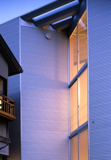 W-Window House by ALPHAville