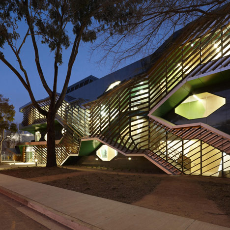 Biosciences Research Building by Lyons