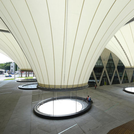 dezeen_Dadong Art Centre by MAYU Architects_sq1