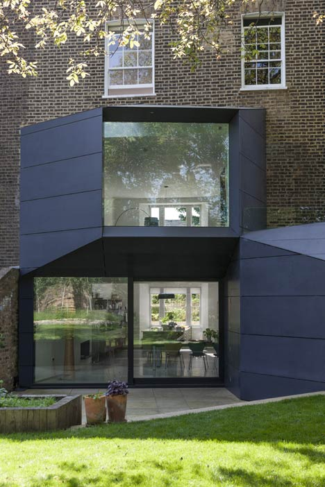 Extension by Alison Brook Architects