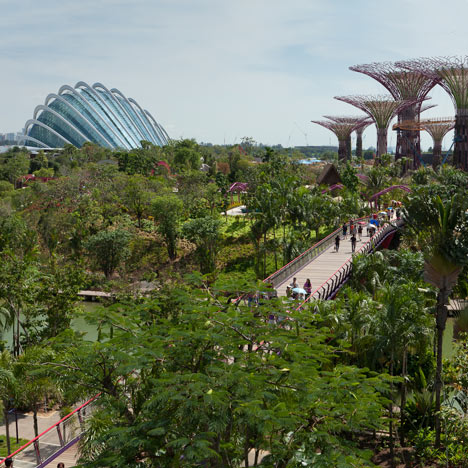 Movie: Chris Wilkinson on Gardens by the Bay