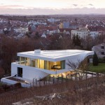 dezeen_Haus am Weinberg by UNStudio_sq_3