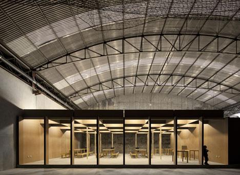 N10 Sports facility by Comoco