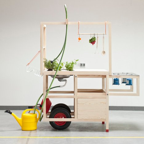 Mobile Kitchen Wins The First Nww Design Award