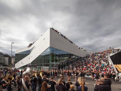 Plassen Cultural Centre by 3XN