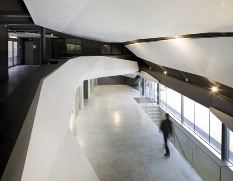Regional Chamber of Commerce and Industry by Chartier-Corbasson Architectes