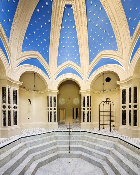 Renovation of the Rácz Thermal Baths by Budapesti Műhely