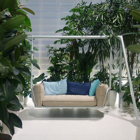 Swing Sofa by Studio Aisslinger