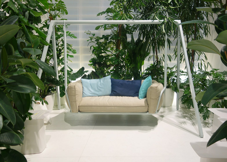 Swing Sofa Swing Sofa Cozy With Indoor Consumedly Me Thesofa
