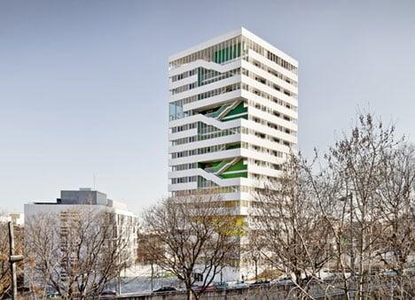 Torre Júlia by Pau Vidal, Sergi Pons and Ricard Galiana