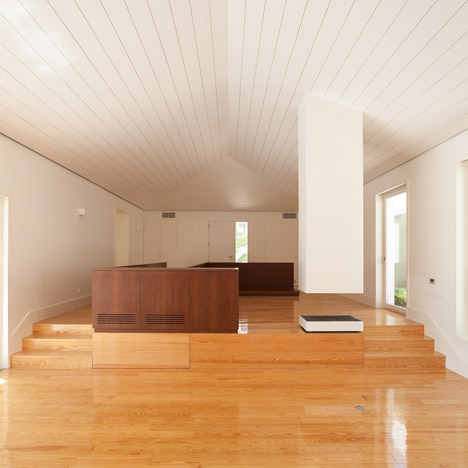 House in Belas by CHP Arquitectos
