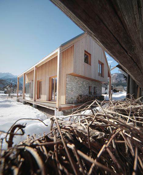 6×11 Alpine Hut by OFIS Arhitekti