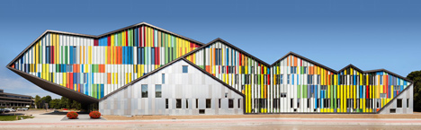 Academie MWD by Carlos Arroyo Arquitectos