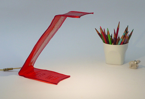 Bite Me edible desk lamp by Victor Vetterlein