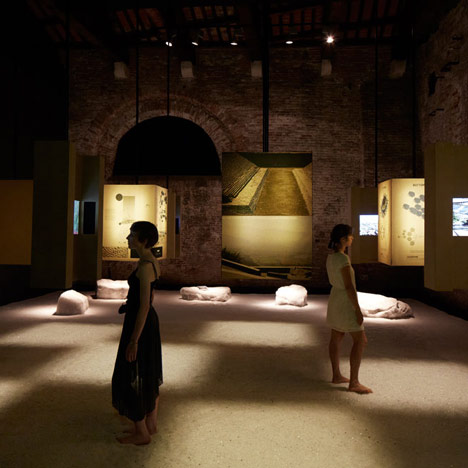 dezeen_Chilean Pavilion at Venice Architecture Biennale 2012_1sq