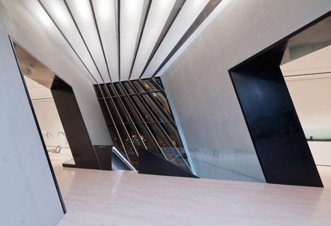 Eli and edythe broad art museum by zaha hadid architects for Office design zaha hadid