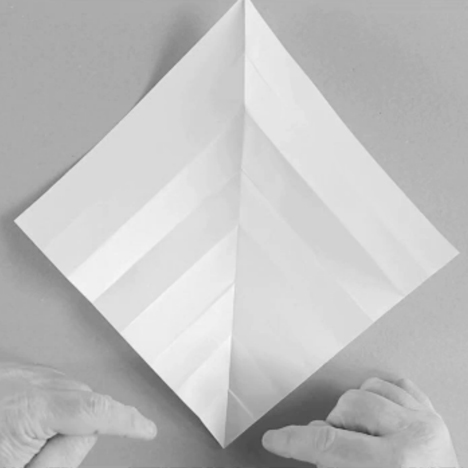 Folding Techniques for Designers: 'v' pleats