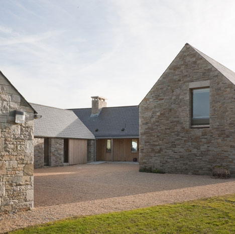 dezeen_House in Blacksod Bay by Tierney Haines Architects_sq1