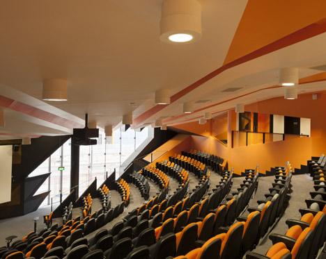 RMIT Swanston Academic Building by Lyons