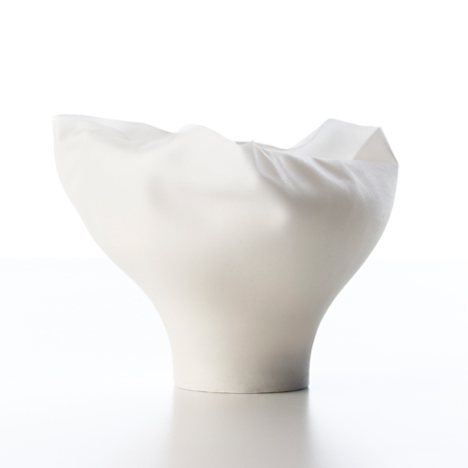 Shivering Bowls by Nendo