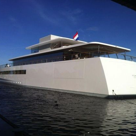 Steve Jobs yacht free to sail again