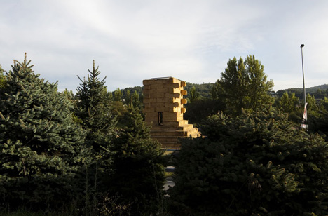 Agricultural Mountain by Grupo IUT