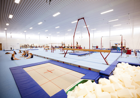 Gym Hall Nieuw Welgelegen by NL Architects