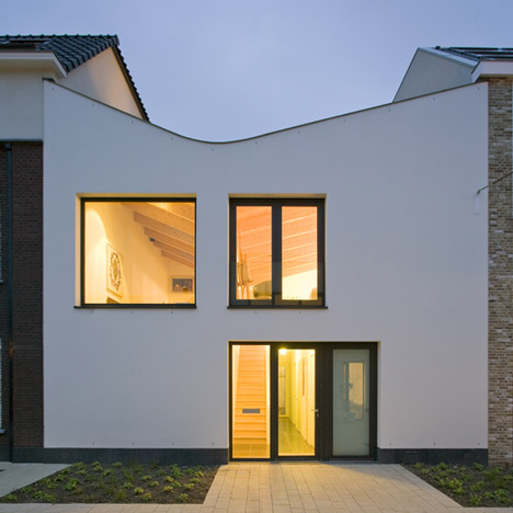 dezeen_HouseV