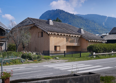 Villa Solaire by JKA and FUGA