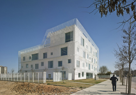Confederation of Employers of Albacete Headquarters by Cor and Associados
