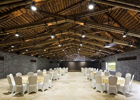 Dailai Conference Hall by Vo Trong Nghia