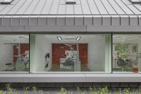 Dentist with a View by Shift architecture urbanism
