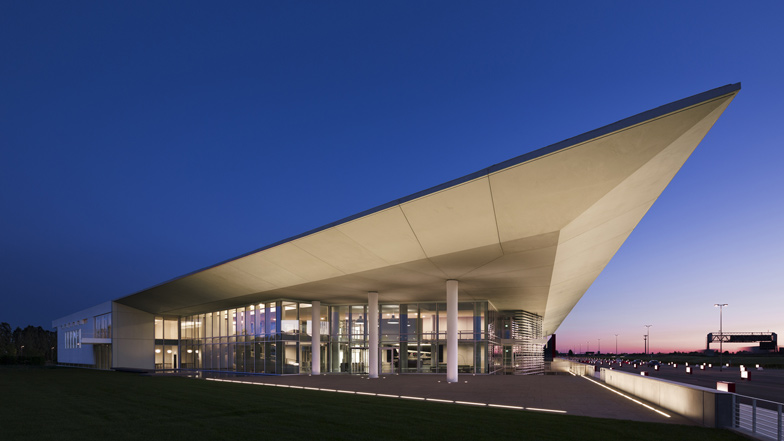 Italcementi i.lab by Richard Meier & Partners
