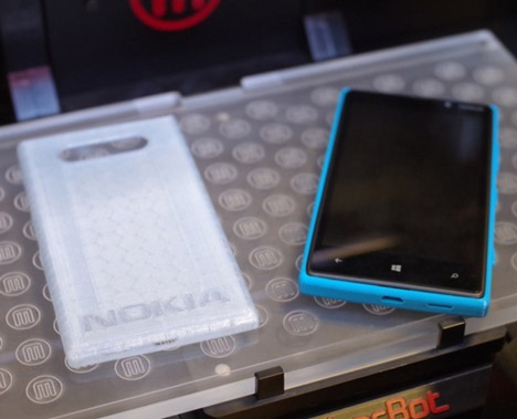 Nokia embraces open design
