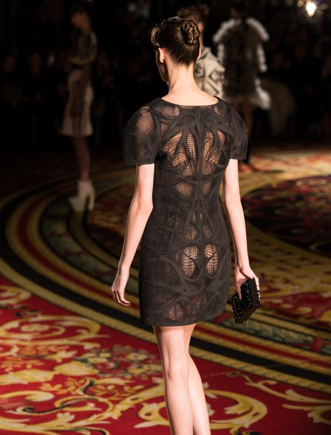 Voltage by Iris van Herpen with Stratasys and Materialise
