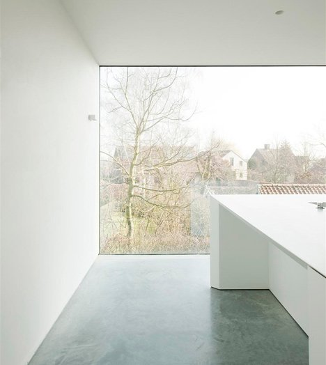 House DZ by Graux and Baeyens Architecten