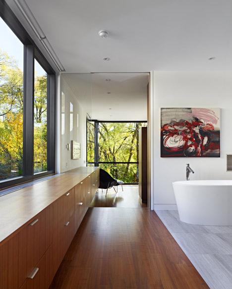 Cedarvale Ravine House by Drew Mandel