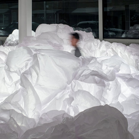 dezeen_Cloud Installation by Mason Studio_1sq