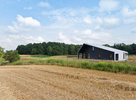House on Limekiln Line by Studio Moffitt