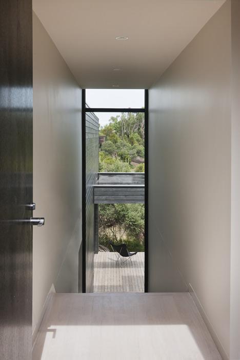 Ridge Road Residence by Studio Four