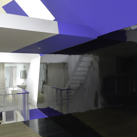 Transforming a laundry building by Alain Hinant