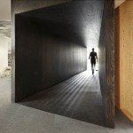 18 Feet and Rising Offices by Studio Octopi