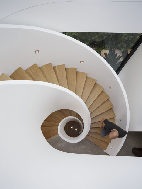 Hewlett House by MPRDG