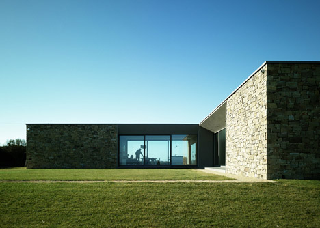 Carnivan House by Aughey O'Flaherty Architects