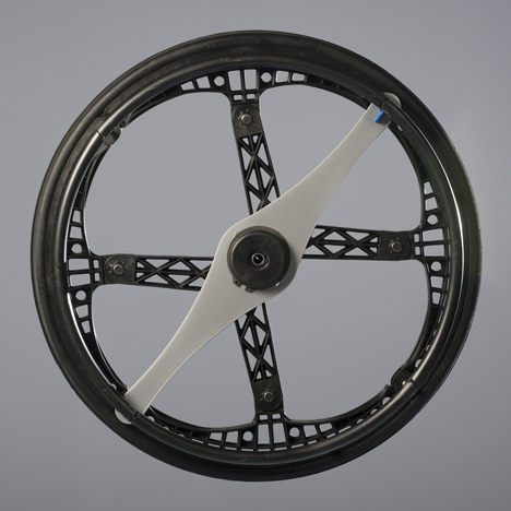 Morph folding wheel by Vitamins Design