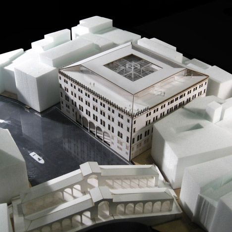 OMA wins planning to convert Venice palazzo into department store