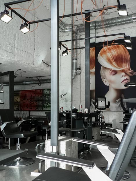Táňa Kmenta Hair Studio by Studio Muon